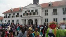 Bangunan Cagar Budaya dan Ondel-ondel, Paduan Gaya Kolonial dan Betawi